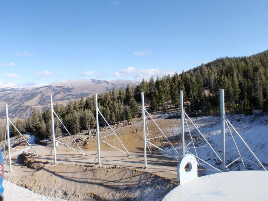 Cathedral style wind fencing poles - For a mining dust solution
