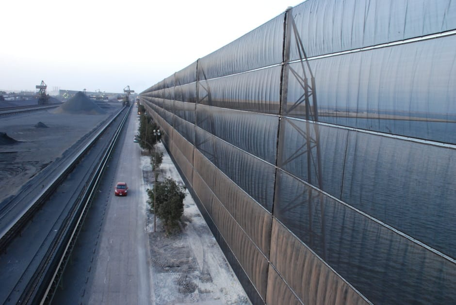 Wind screen fence - Wind / dust protection