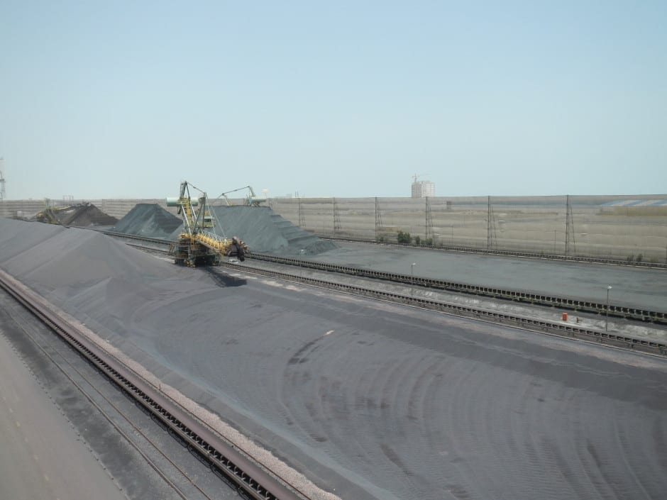 Wind screening - Wind protection for pellitizing pellet piles