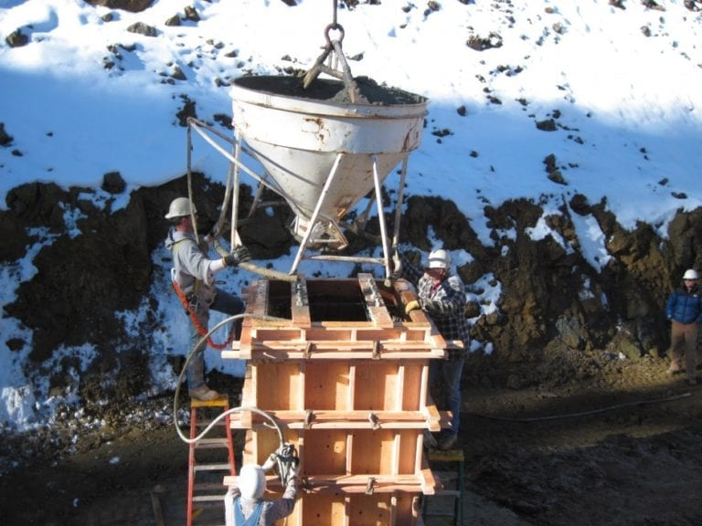 Pouring of foundations - Pouring foundations for a dust control for mining